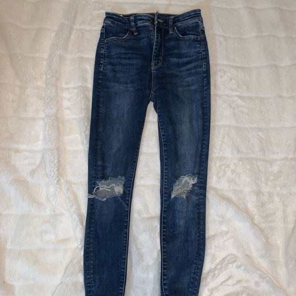 GARAGE SKINNY STRETCH JEANS WITH RIPPED KNEES